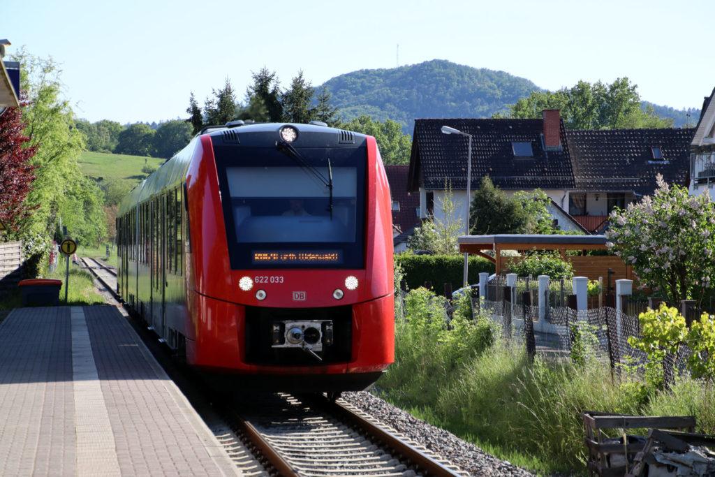 Bahnhof Reisen mit Regionalbahn